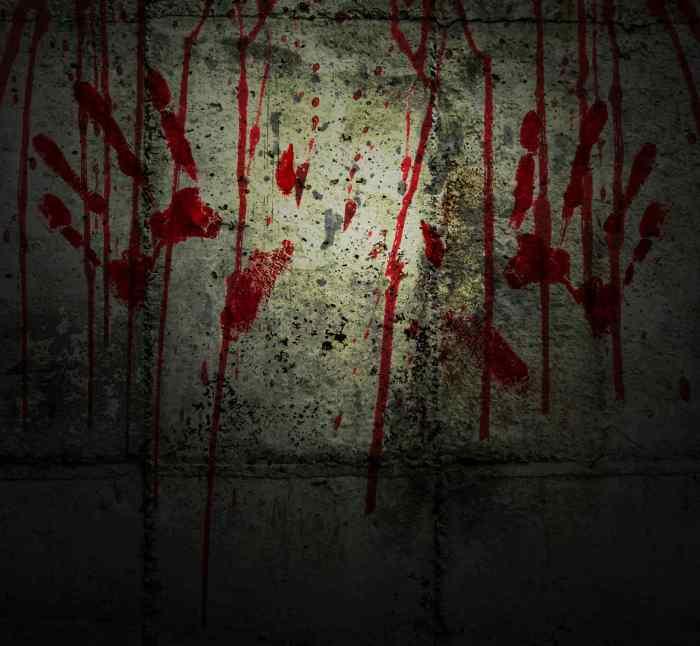 Red-horror-06B